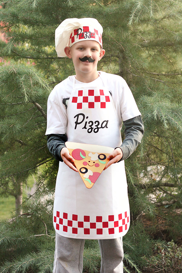 Pizza Chef Costume by Jana Eubank  sc 1 st  Jana Eubank - WordPress.com & Cricut Halloween Costumes | Jana Eubank
