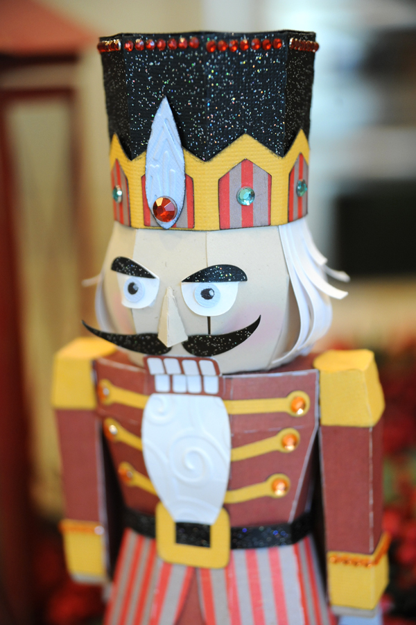 Nutcracker3Detail