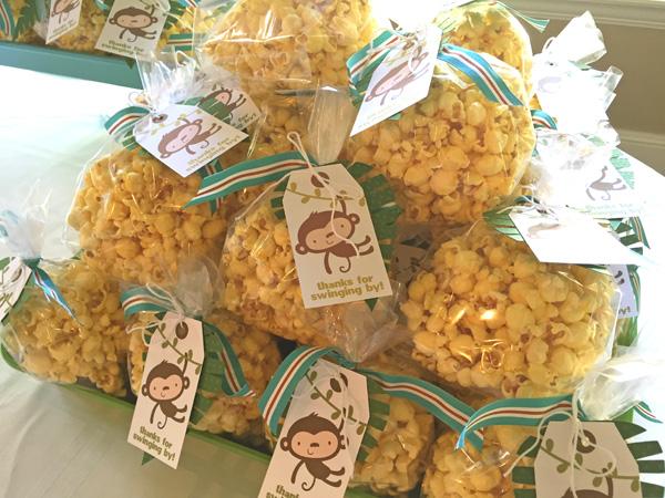 jana-eubank-lettering-delights-baby-shower-popcorn