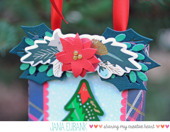 jana-eubank-deck-the-halls-ornament-photo-6-600