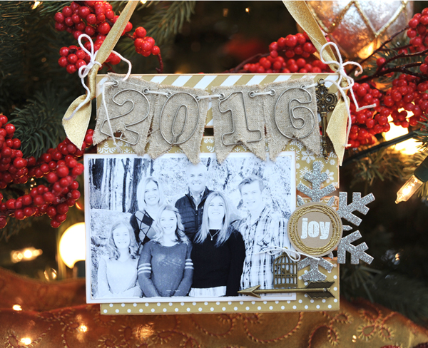 jana-eubank-maya-road-2016-family-christmas-ornament-2-600