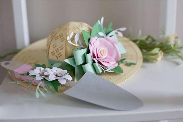 Jana Eubank Silhouette Garden Bonnet and Spade 1