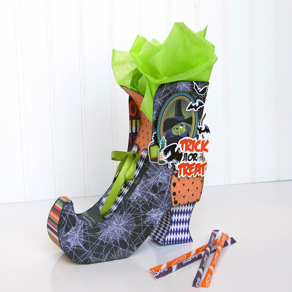 Jana Eubank Carta Bella Paper Haunted House Witch Boot 1 600
