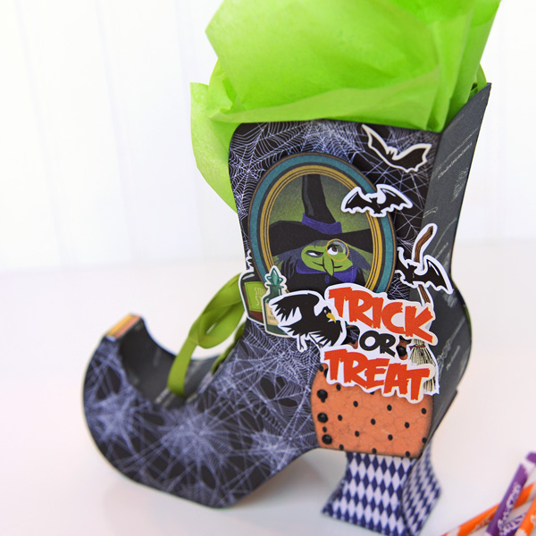 Jana Eubank Carta Bella Paper Haunted House Witch Boot 4 600