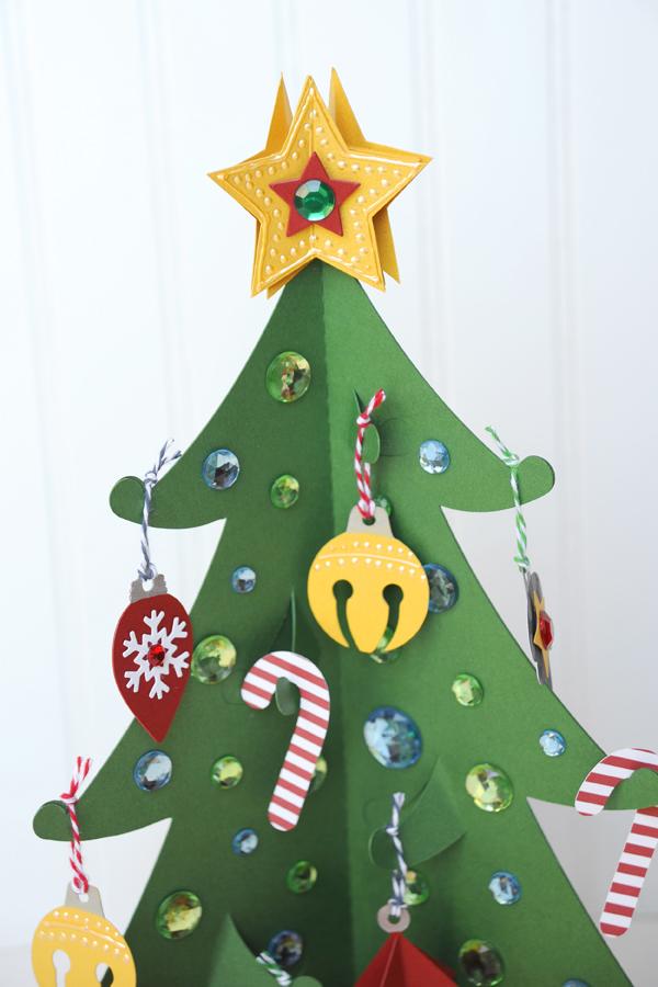 Jana Eubank Carta Bella Designer Cardstock Christmas Countdown 2 600