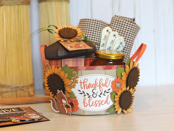 Jana Eubank Echo Park Paper Celebrate Autumn Apple Barrel Basket 10 600