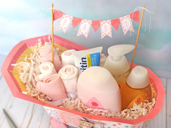 jana eubank echo park paper hello baby girl bath tub 4 600